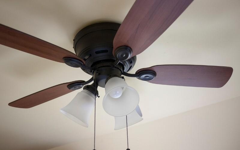 Cómo elegir un buen ventilador de techo