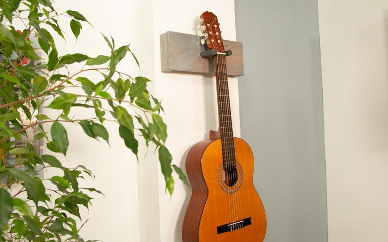 Soporte para la guitarra casero