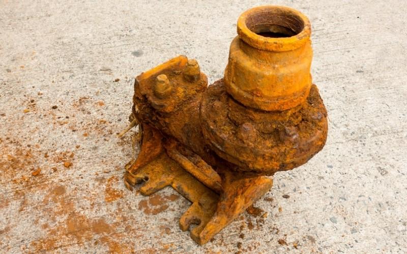 Cómo eliminar óxido del metal o del hierro