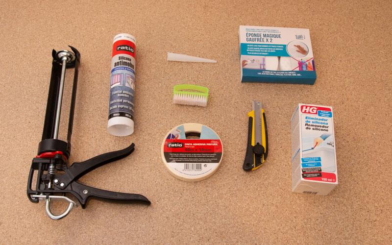 Herramientas para quitar la silicona
