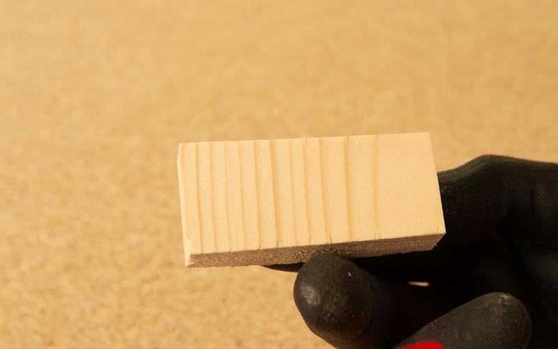 Corte de sierra de calar con acabado fino