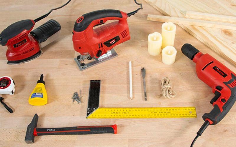 Herramientas para hacer la caja de madera