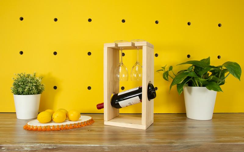 Caja de vino de madera para regalar por Navidad