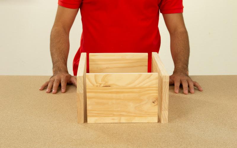 Coloca las piezas de manera que queden bien colocadas