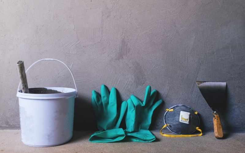 Materiales para tapar agujeros de la pared