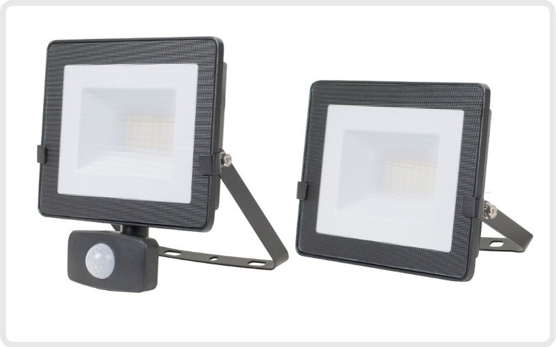 Proyectores de iluminación exterior