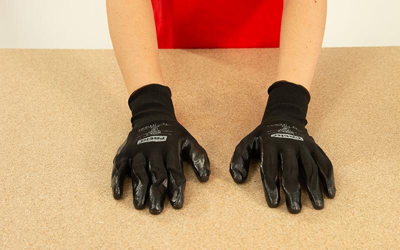 Los guantes de protección debe ser de nuestra talla