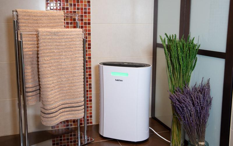 El deshumidificador ayuda al secado de ropa o toallas