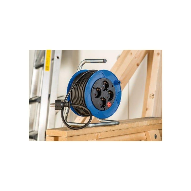 Enrollacables Garant® compacto IP20 H05VV-F 3G1,5 para uso doméstico Brennenstuhl