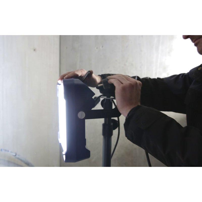 Foco de trabajo recargable Vega 1500 C+R Scangrip Lighting