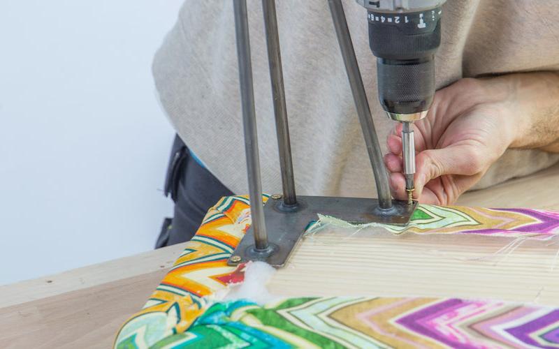 Cómo hacer un banco tapizado para recibidor o dormitorio 9