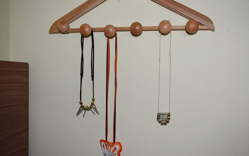 3ea565a37ef9 materiales para organizador de collares