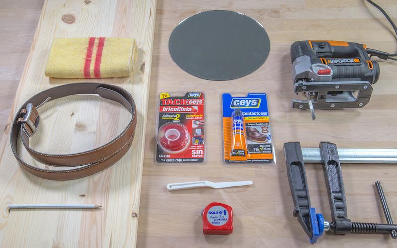 Materiales y herramientas para hacer un espejo de pared