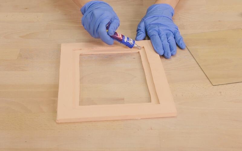 Pegamento 3 en 1 Triaction de Ceys para unir cristal y madera