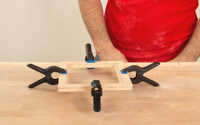 Sargentar madera para pegar tapa