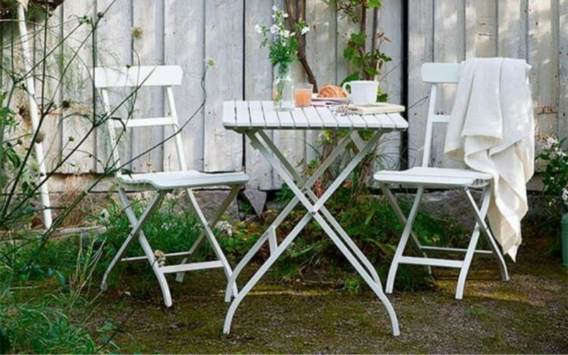 Soluciones para terrazas pequeñas con muebles plegables