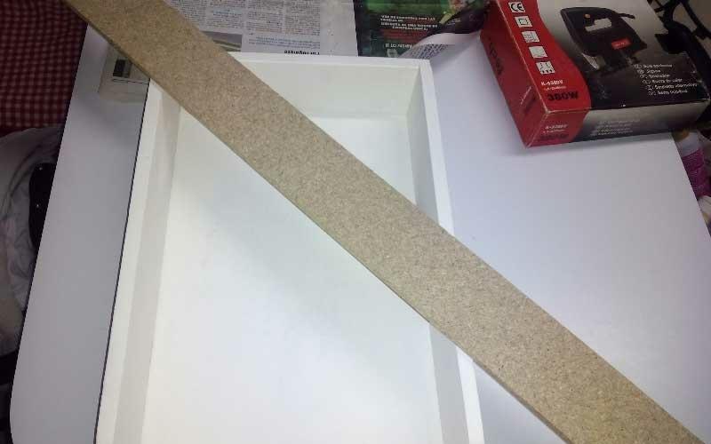 Convertir un cajón en estantería DIY paso 2